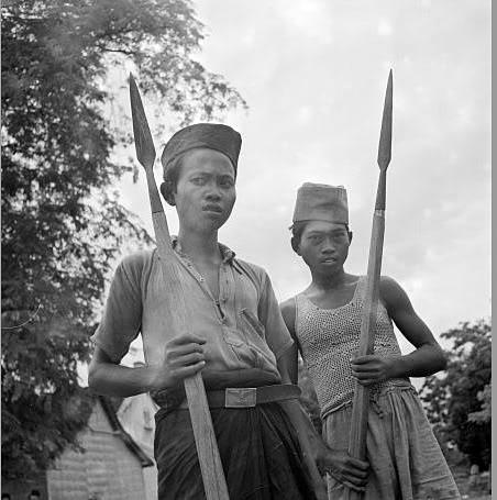 452 x 455 · 43 kB · jpeg, Laskar Rakyat Bambu Runcing